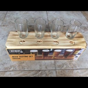 Other - Brand New Beer tasting set of glasses and tray